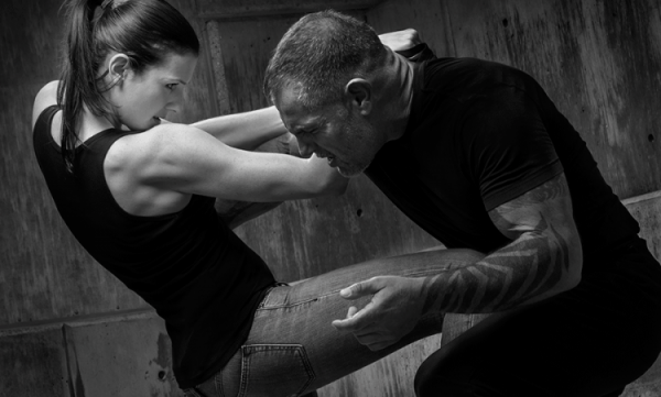 krav-maga-female-1